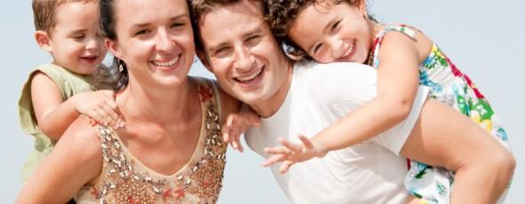 משפחה בעתלית זוג וארבע בנות